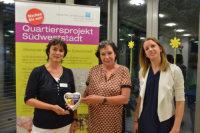 Die Spendenübergabe im Bürgerzentrum Südweststadt.; Quelle: Badischer Landesverein für Innere Mission / Marina Mandery
