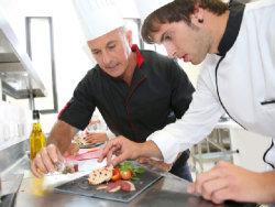 Ausbildung, Hauswirtschaft; Quelle: goodluz - fotolia